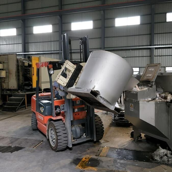 aluminium-water-holding-furnace